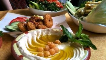 Hummus en falafel in Damascus