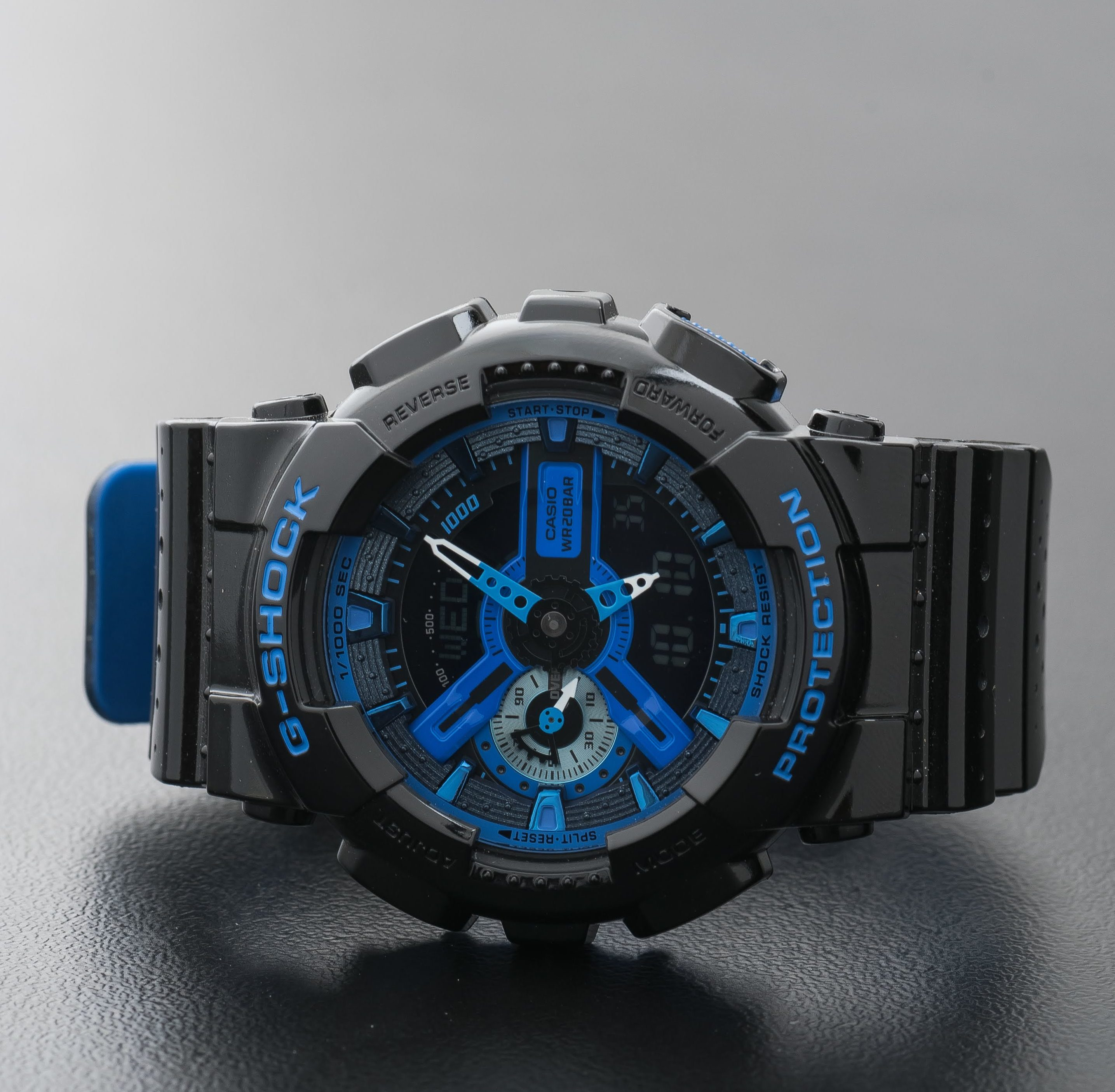 Casio G-Shock Men's Black Blue World Time Alarm Watch GA-110LP-1AER