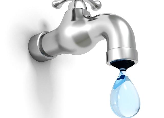 【悲報】学者「水道水を常飲する人の方が健康的」