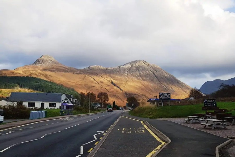 On the road through Glencoe