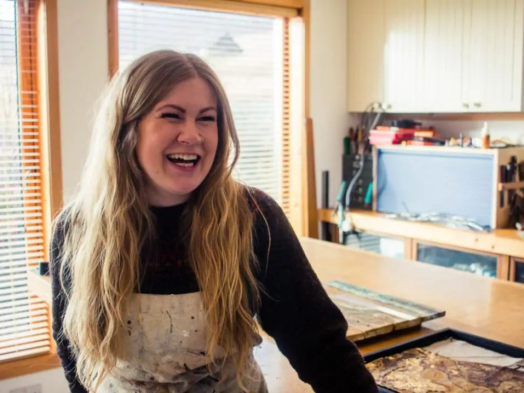 Meet Vivian Ross-Smith, a visual artist who lives and works on Shetland. I visited her in her studio and asked her about her inspiration and aspirations.