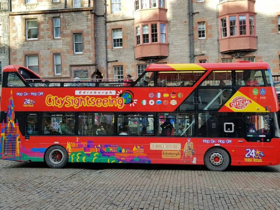 Edinburgh Hop on Hop off bus tour
