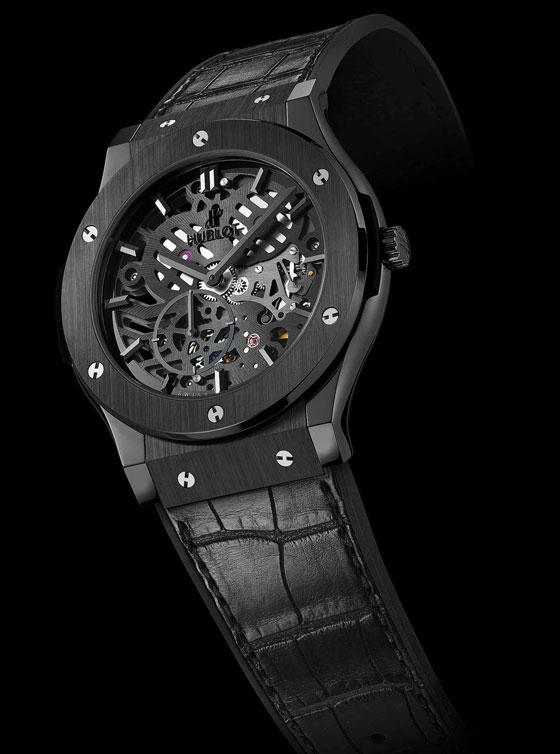 hublot-classic-fusion-classico-squelette-extra-plate-all-black