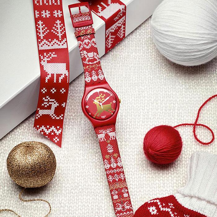 Swatch-Red-Knit---une-édition-limitée-spécial-noël-02