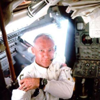 Buzz Aldrin portant une Speedmaster