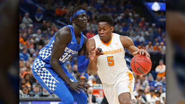 Tennessee_kentucky_basketball_1550239655499.jpg