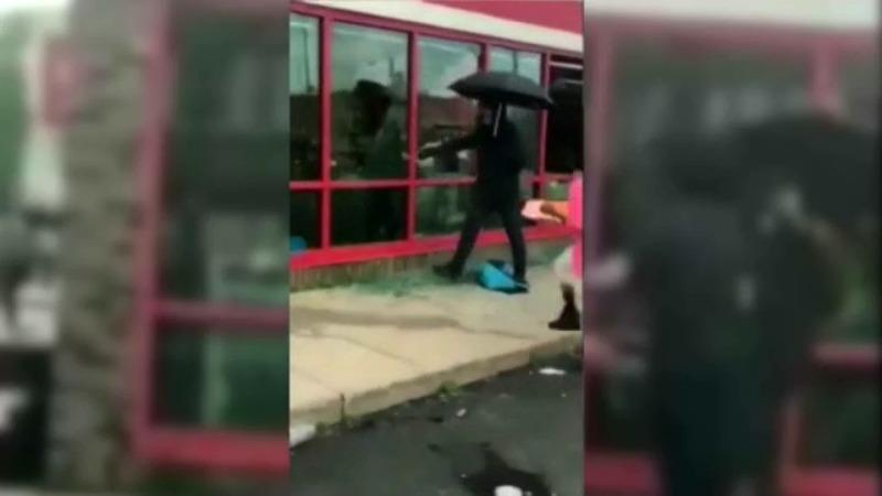 Minneapolis police identify 'Umbrella Man' who helped incite ...