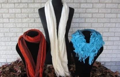 Offer 3 Winter scarfs 1