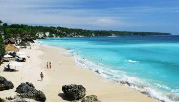 pantai dreamland new kuta beach daya tarik lokasi tiket masuk
