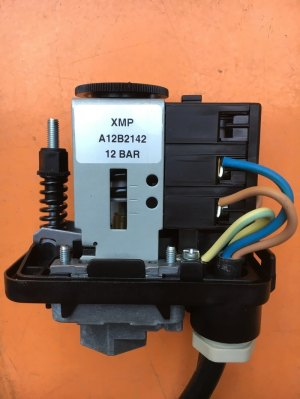 Pressure Switch Adjustment  Water Bore Pump submersible