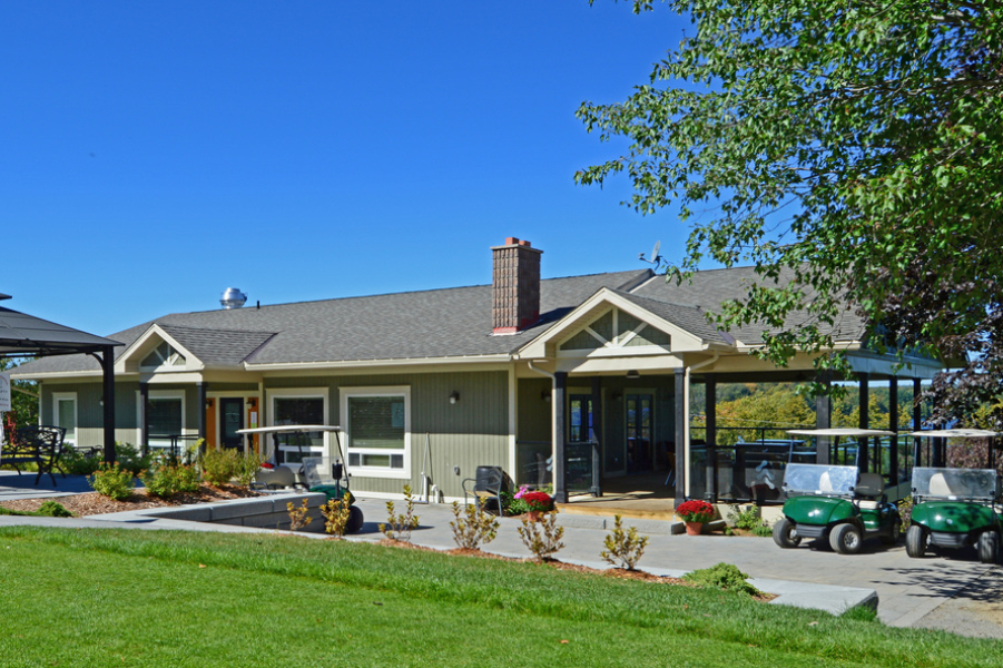 The newly renovated Evergreen clubhouse, located just a 5 minute drive away from Watercolour Westport.