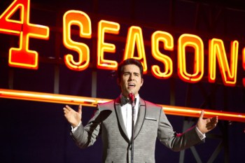 The cast - especially John Lloyd Young as Frankie Valli - is the only good thing about this.