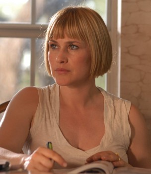 Patricia Arquette is the odds-on favorite for Best Supporting Actress.