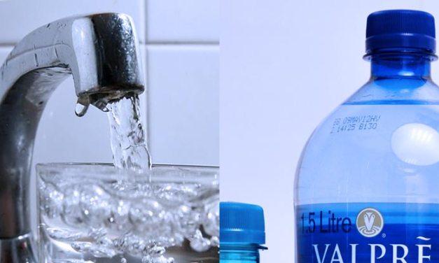 L'acqua del rubinetto conviene ed è anche una scelta green