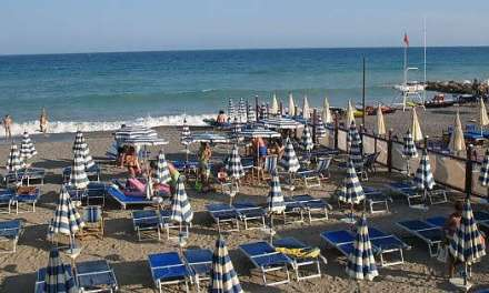 La Corte Ue boccia l'Italia: le concessioni sulle spiagge vanno messe all'asta
