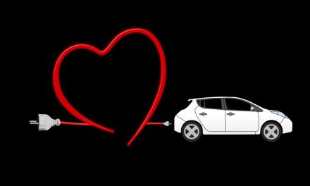 L'auto ad idrogeno? Tra pregi e difetti si procede alla sperimentazione