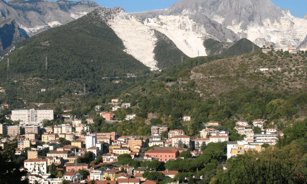 Le fontane di Carrara: l'arte tra acqua e marmo