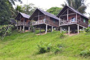 Gunsi - huisjes aan de rivier