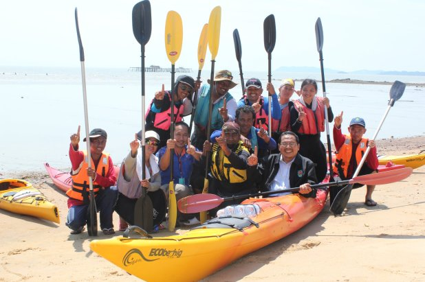 Kayak For Humanity