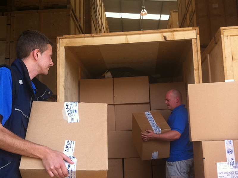 A Waters & Sons Removals Hitchin