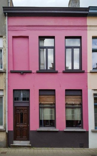 Sint-Katelijnestraat 1. Foto Michel Vuijlsteke; juni 2016