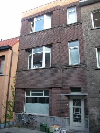 Gelukstraat 38. Foto: Dirk Boncquet, juni 2003.
