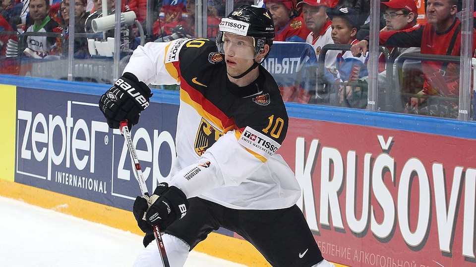 ger-christian-ehrhoff-mens-hockey-gettyimages-533891422_683056