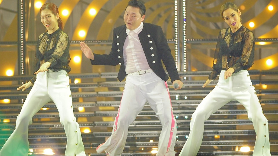 psy-concert-gettyimages-502770260-1024_691505