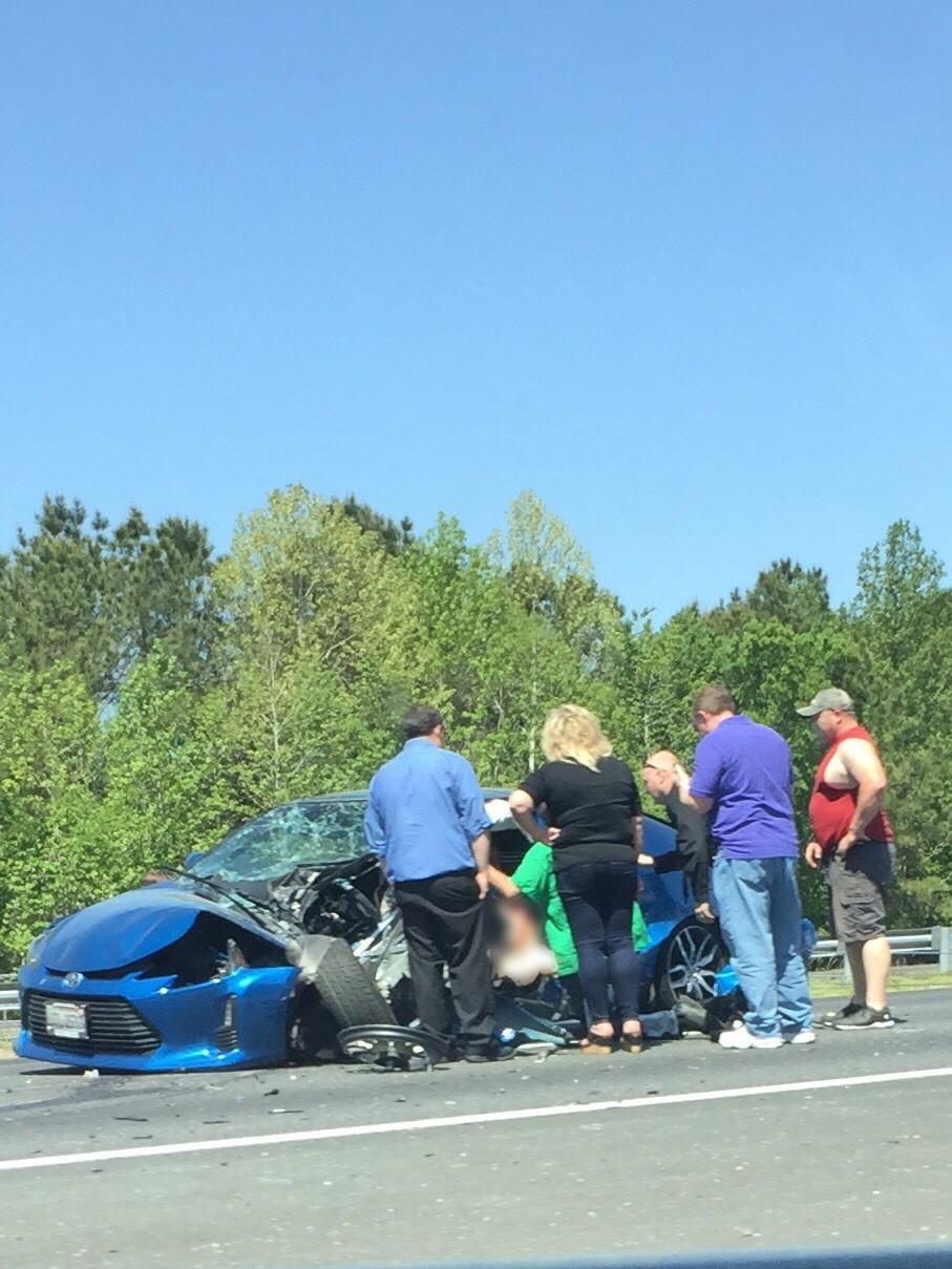 Chesapeake I-664 Crash Photo Becky Blair