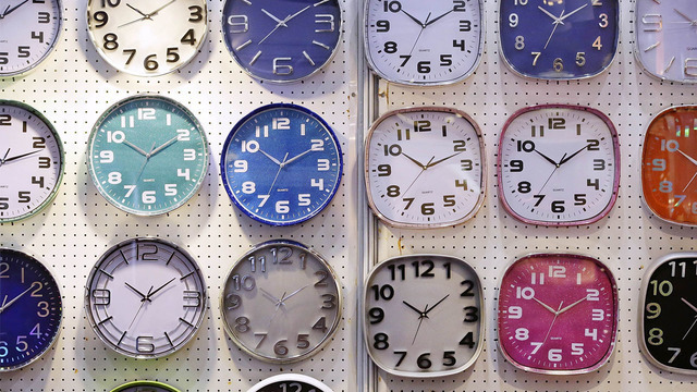 analog clocks_1525633656721.jpg_41849664_ver1.0_640_360_1525694593649.jpg.jpg
