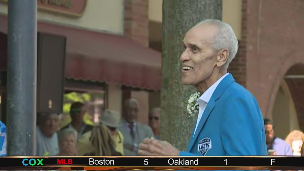 NFL_legend_Roger_Brown_honored_in_Portsm_9_20190501223544