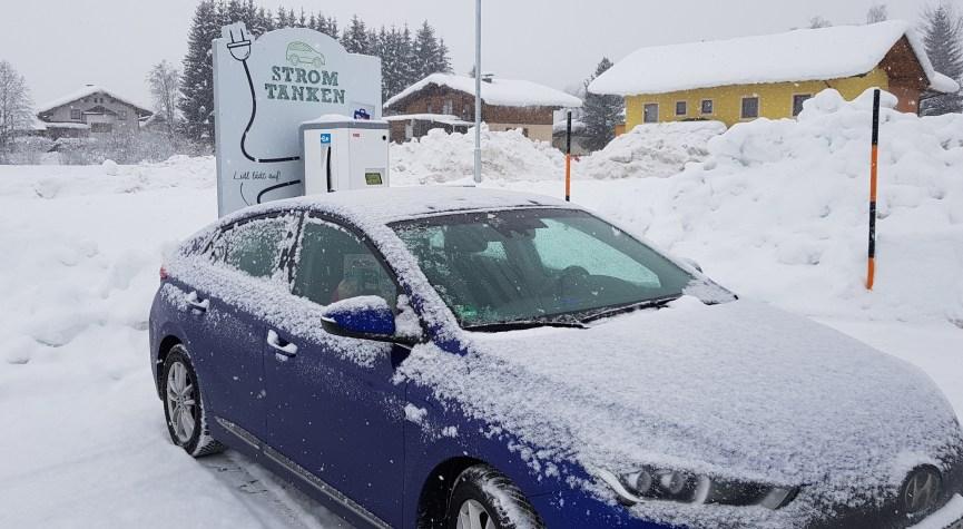 Ioniq im Schnee
