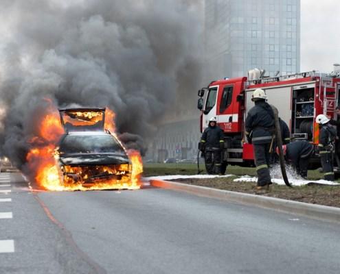 Brennendes Elektroauto