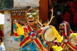 thimphu-tsechu-dance-stag-hounds-3008x1692