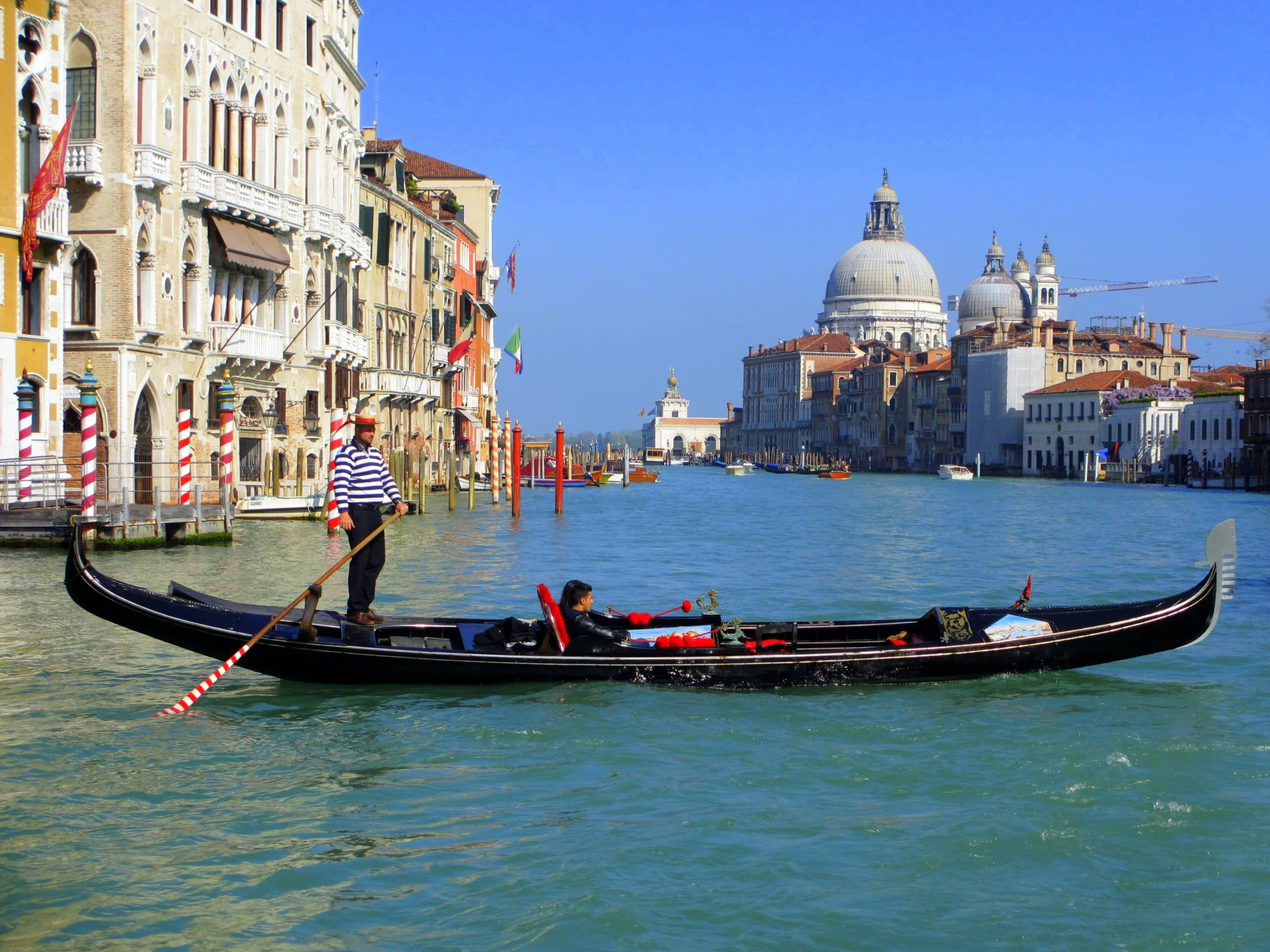 Snapshots of Venice via Wayfaring With Wagner