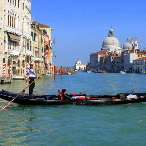 Snapshots of Venice via Wayfaring With Wagner