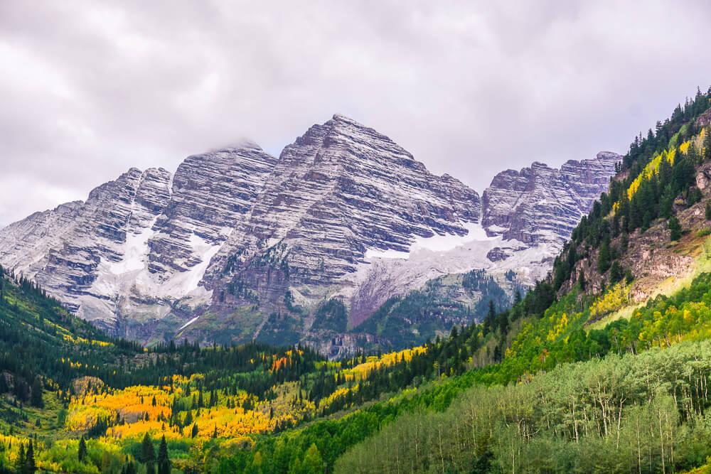 Hiking Maroon Bells in Aspen, Colorado - Wayfaring With Wagner