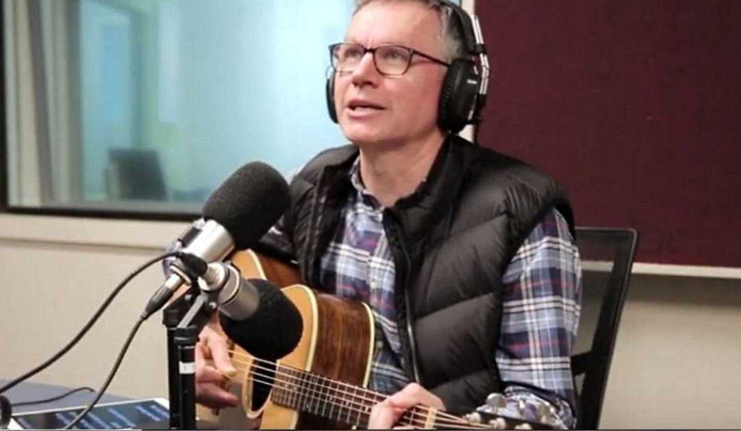 Colin Buchanan Sings 'Dad Jokes' Live for Father's Day