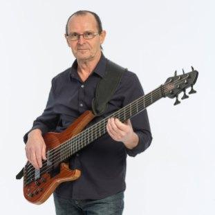 Wayne Jones bass player, smooth Jazz CD Mr. Jones