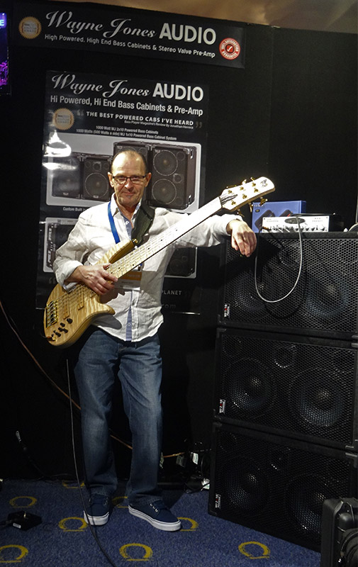 Wayne Jones with his Custom Fodera Monarch 6 - Melbourne Guitar Show 2016