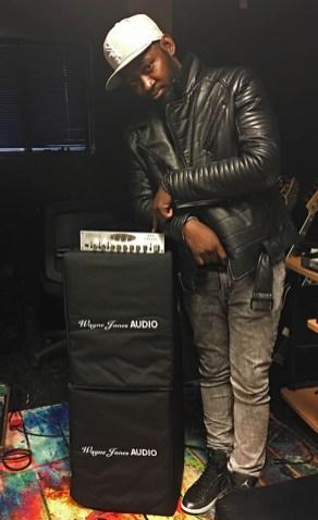 Guitarist Isaiah Sharkey uses the Wayne Jones Audio WJ 1x 10's (1000 Watt 1x10 / 500 Watts per side) with the WJBP Stereo Valve Bass Pre-Amp as a guitar rig.