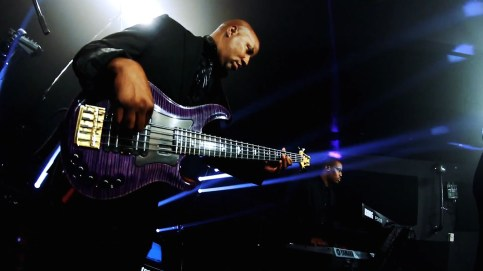Kevin Walker credits include: Prince, Justin Timberlake, Patti Labelle, Wilson Pickett, Kanye West, T.I, WIILL.I.AM, Chaka Kahn, Brian Culbertson, Jeff Lorber, Candy Dulpher, Angela Bofill, Aaliyah, 76 Degrees West.