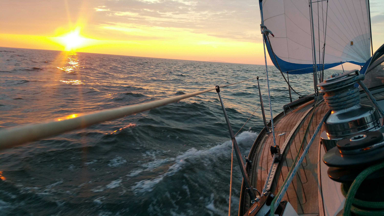 Alt img Sonnenuntergang vor Helgoland