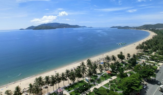 Tran Phu Beach, the main beach of Nha Trang.