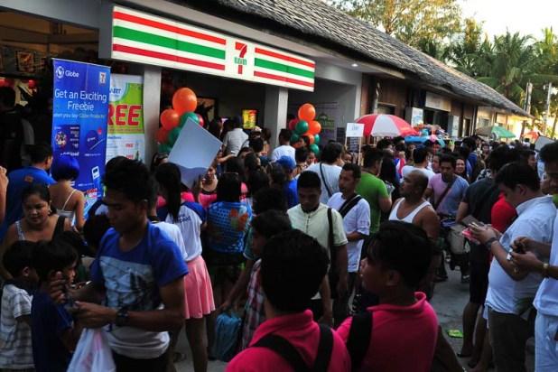 711 store in Boracay-5374