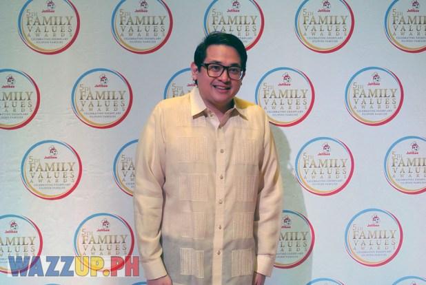 Jolibee 5th Family Values Award Philippines Joseph Tanbuntiong President Blog Blogger Duane Bacon Bam Aquino