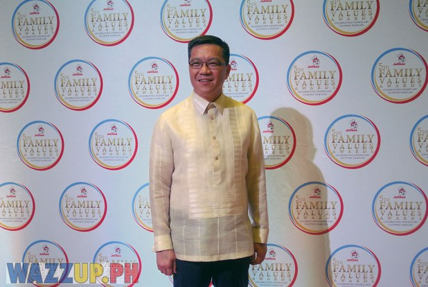 Jolibee 5th Family Values Award Philippines Joseph Tanbuntiong President Blog Blogger Duane Bacon Corporation