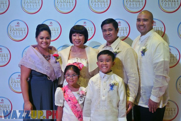 Jolibee 5th Family Values Award Philippines Joseph Tanbuntiong President Blog Blogger Duane Bacon Ganga Rondalia Music California