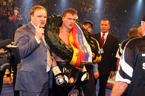 Povetkin gets past Huck in a war