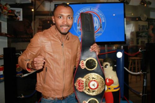 """Chemito"" and Corrales back in the ring in Panama"